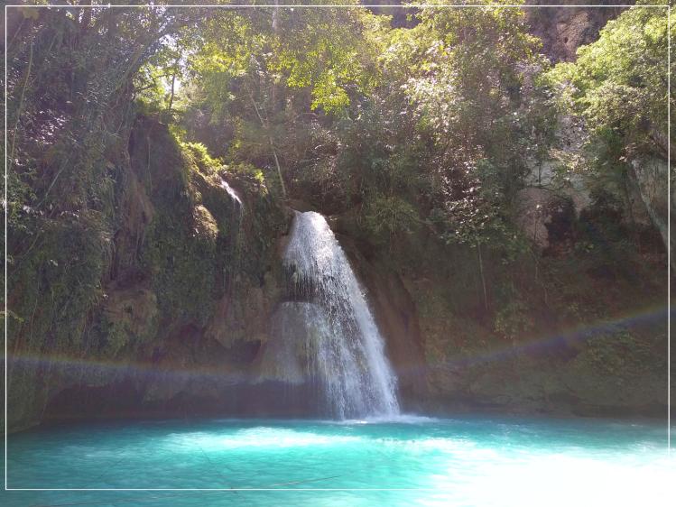 kawasan-falls-5
